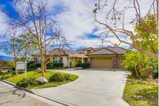 Main Photo: SOUTHWEST ESCONDIDO House for sale : 5 bedrooms : 1605 Hillstone Ave in Escondido