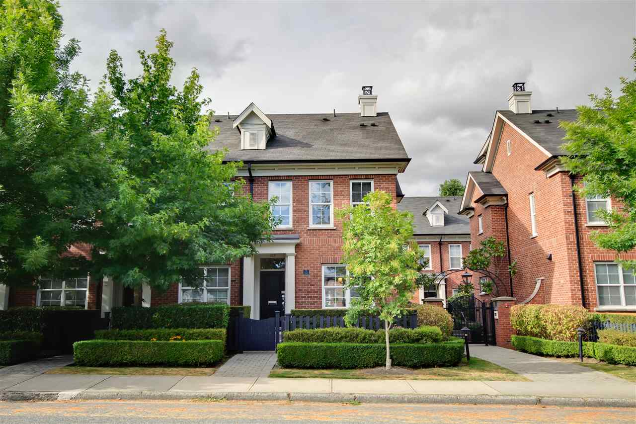 "Main Photo: 765 W 42 Avenue in Vancouver: Oakridge VW Townhouse for sale in ""TOWNE 2"" (Vancouver West)  : MLS®# R2295791"