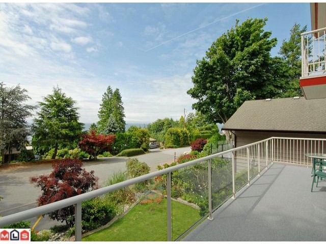 "Photo 9: 13401 13A Avenue in Surrey: Crescent Bch Ocean Pk. House for sale in ""Ocean Park"" (South Surrey White Rock)  : MLS(r) # F1117919"