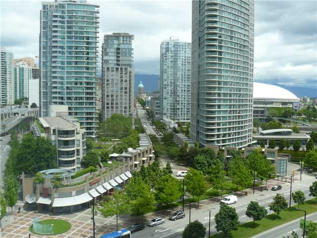 Main Photo: 1203 198 AQUARIUS MEWS ME in Vancouver: Yaletown Condo for sale (Vancouver West)  : MLS®# V906983