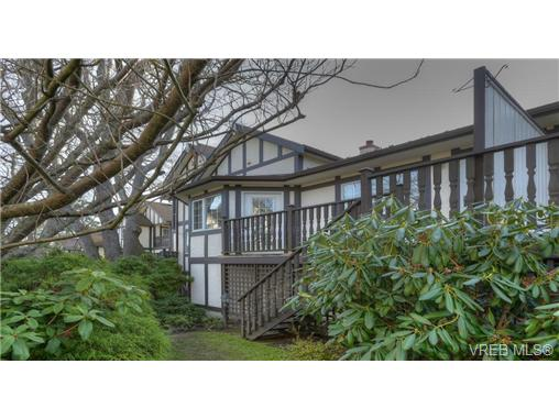 Photo 19: 2130 Granite Street in VICTORIA: OB South Oak Bay Townhouse for sale (Oak Bay)  : MLS® # 330828