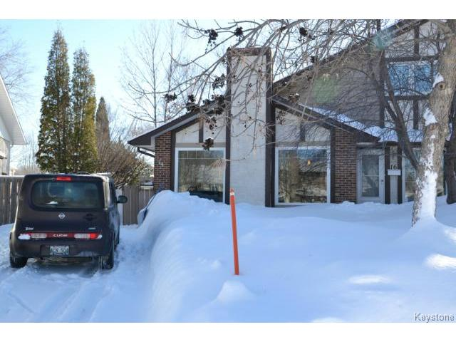 Main Photo: 14 Sandy Lake Place in WINNIPEG: Fort Garry / Whyte Ridge / St Norbert Residential for sale (South Winnipeg)  : MLS® # 1404040