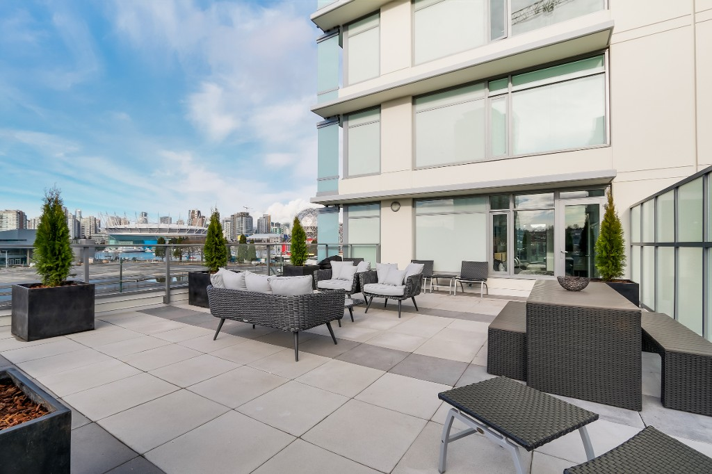 "Main Photo: 502 110 SWITCHMEN Street in Vancouver: Mount Pleasant VE Condo for sale in ""LIDO"" (Vancouver East)  : MLS®# V1099735"