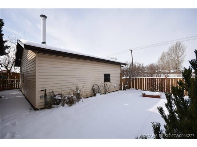 Photo 18: 28 HALIBURTON Crescent in Red Deer: RR Highland Green Residential for sale : MLS® # CA0053277