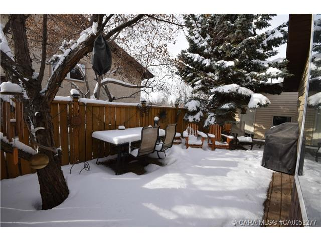 Photo 19: 28 HALIBURTON Crescent in Red Deer: RR Highland Green Residential for sale : MLS® # CA0053277
