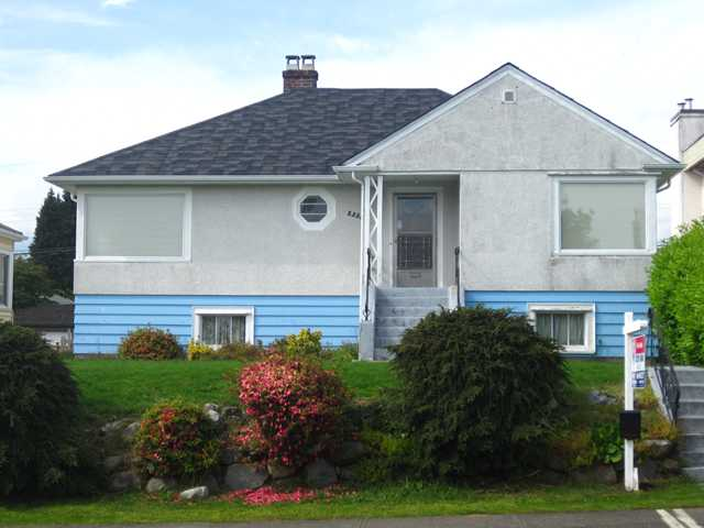 Main Photo: 2335 W 18TH Avenue in Vancouver: Arbutus House for sale (Vancouver West)  : MLS® # V1118473