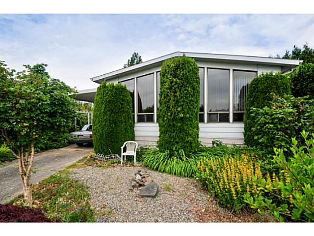 "Main Photo: 7 1640 162ND Street in Surrey: King George Corridor Manufactured Home for sale in ""Cherry Brook Park"" (South Surrey White Rock)  : MLS® # F1442646"