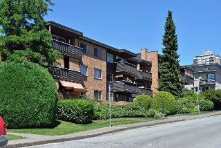 "Main Photo: 209 1011 FOURTH Avenue in New Westminster: Uptown NW Condo for sale in ""CRESTWELL MANOR"" : MLS(r) # R2016256"