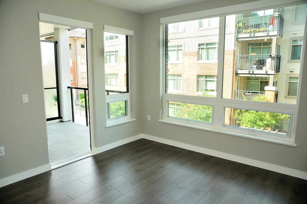 "Photo 5: 227 9388 ODLIN Road in Richmond: West Cambie Condo for sale in ""OMEGA"" : MLS(r) # R2003595"