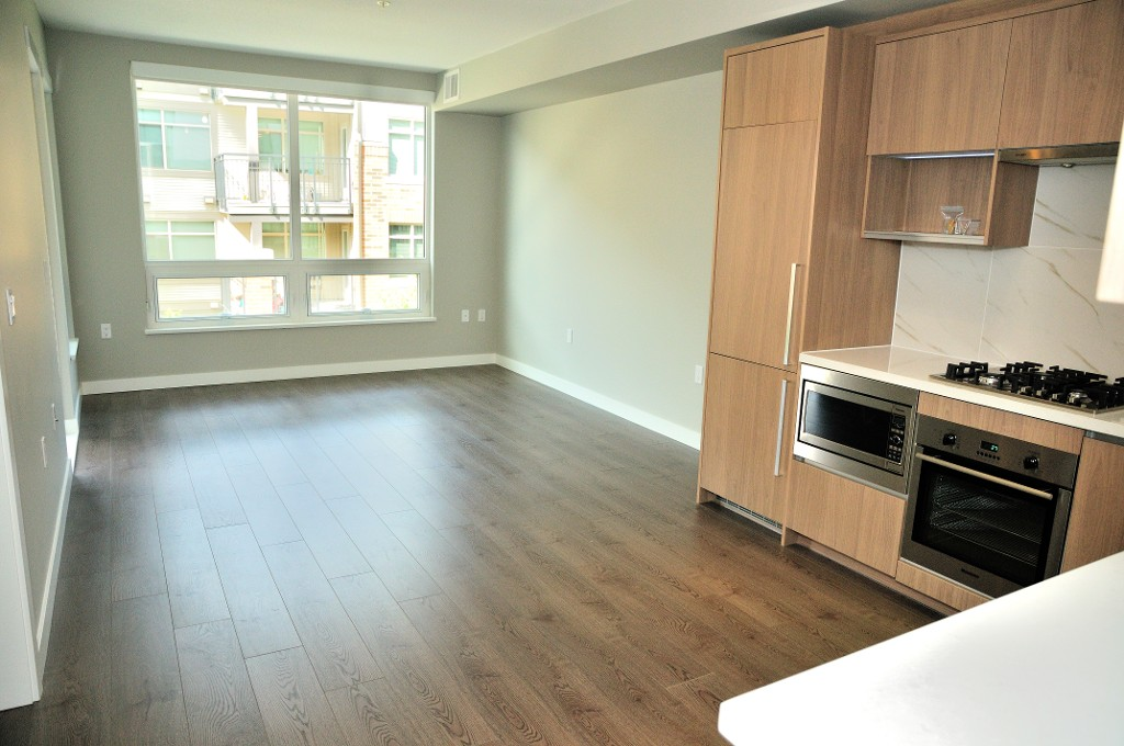 "Photo 4: 227 9388 ODLIN Road in Richmond: West Cambie Condo for sale in ""OMEGA"" : MLS(r) # R2003595"