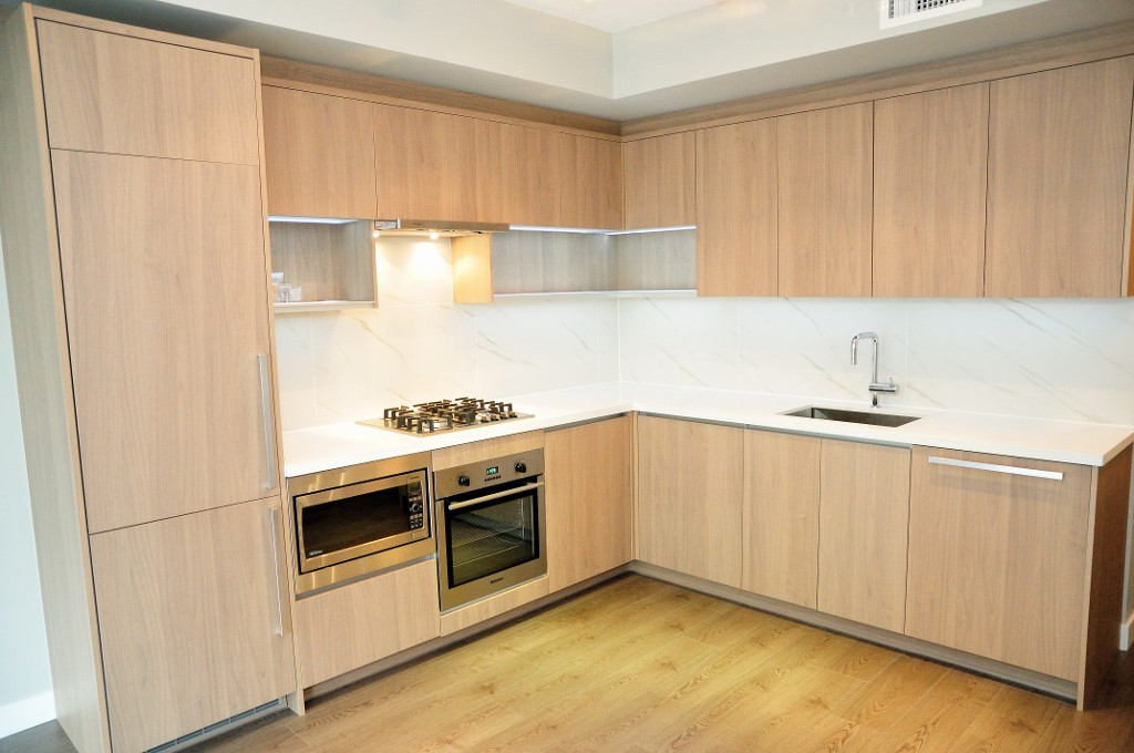 "Photo 6: 227 9388 ODLIN Road in Richmond: West Cambie Condo for sale in ""OMEGA"" : MLS(r) # R2003595"