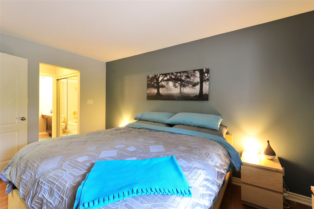 "Photo 14: 203 1225 MERKLIN Street: White Rock Condo for sale in ""Englesea II"" (South Surrey White Rock)  : MLS(r) # R2082075"