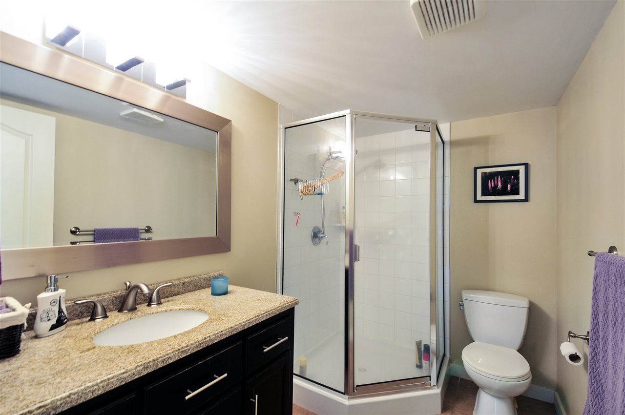 "Photo 18: 203 1225 MERKLIN Street: White Rock Condo for sale in ""Englesea II"" (South Surrey White Rock)  : MLS(r) # R2082075"