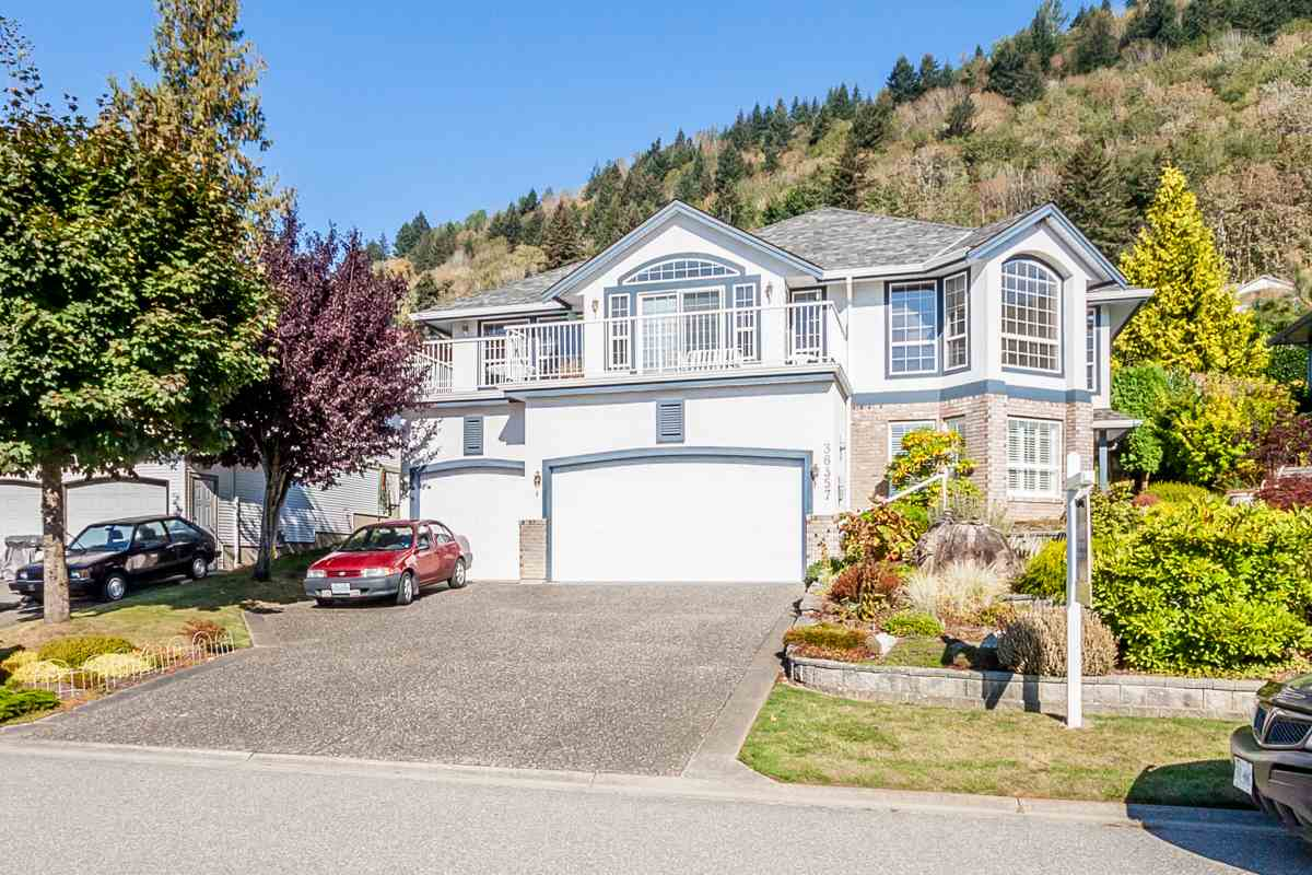 Main Photo: 36357 SANDRINGHAM Drive in Abbotsford: Abbotsford East House for sale : MLS®# R2107706