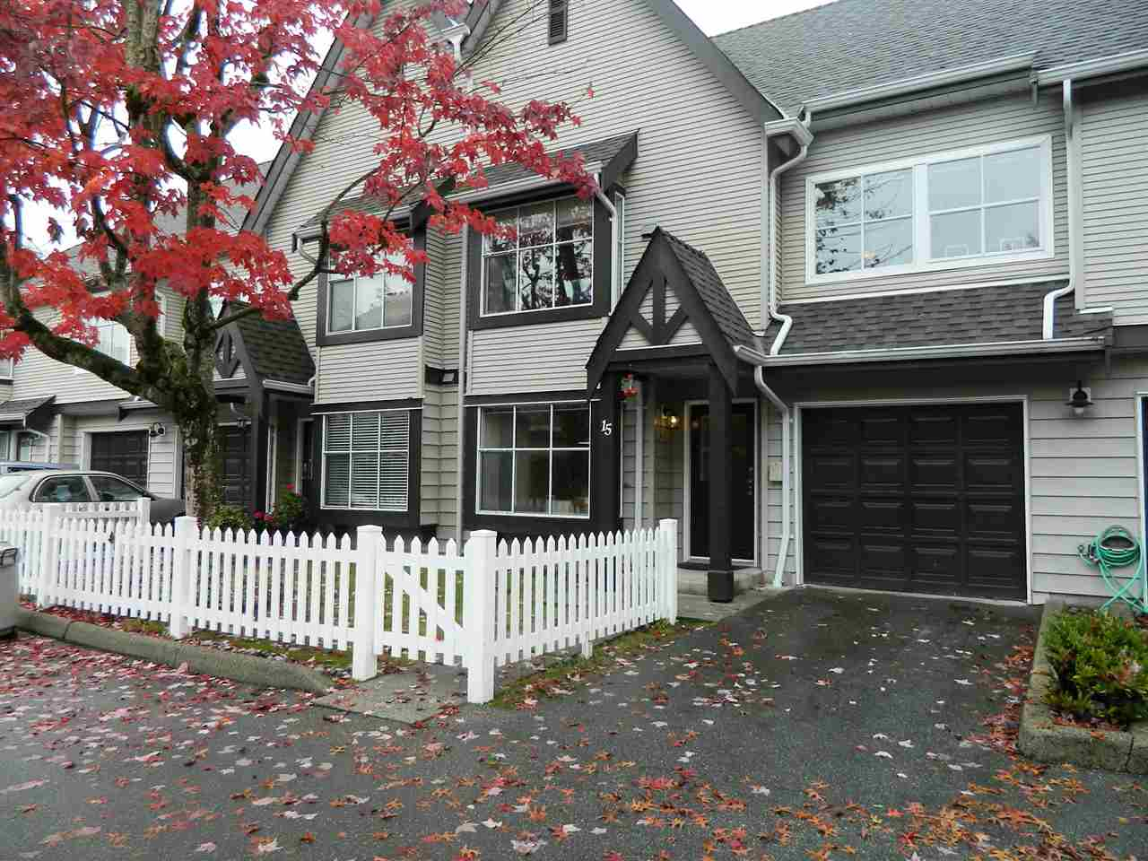 "Main Photo: 15 12099 237TH Street in Maple Ridge: East Central Townhouse for sale in ""The Gabriola"" : MLS®# R2116418"
