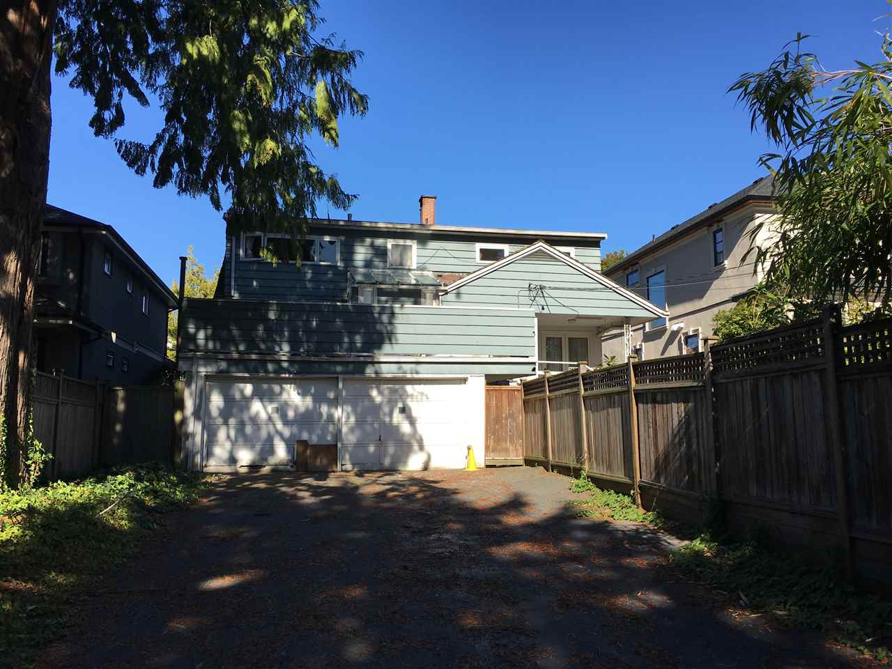Photo 3: 1768 W 61ST Avenue in Vancouver: South Granville House for sale (Vancouver West)  : MLS® # R2120423