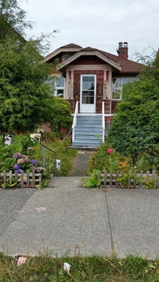 Main Photo: 1481 E 8TH Avenue in Vancouver: Grandview VE House for sale (Vancouver East)  : MLS(r) # R2125113
