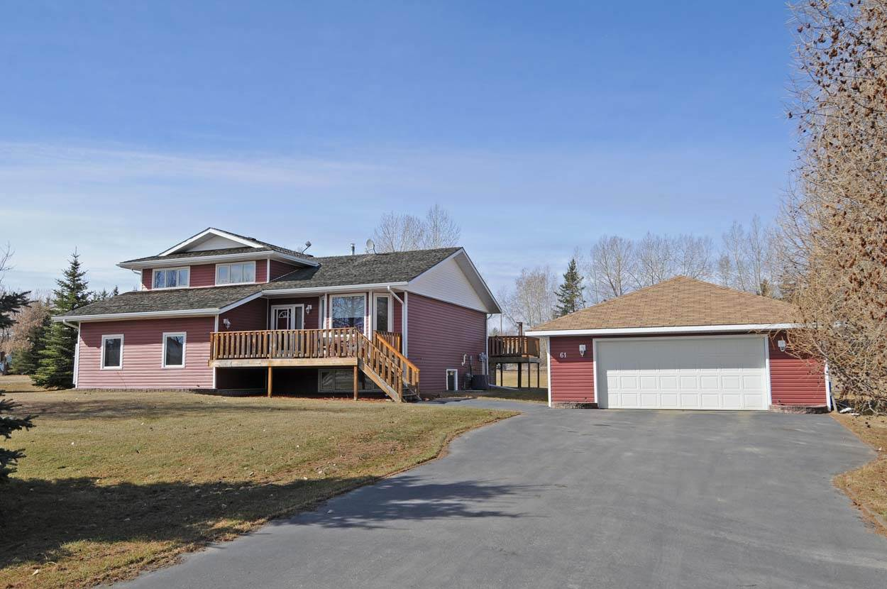 Main Photo: 61 Valley Drive: Rural Sturgeon County House for sale : MLS® # E4058534