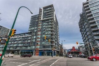 "Main Photo: 208 1783 MANITOBA Street in Vancouver: False Creek Condo for sale in ""The Residence at West"" (Vancouver West)  : MLS(r) # R2156039"