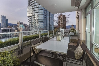 "Main Photo: 2702 565 SMITHE Street in Vancouver: Downtown VW Condo for sale in ""VITA PRIVATE COLLECTION"" (Vancouver West)  : MLS(r) # R2156124"