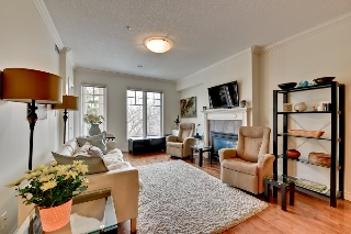 Main Photo: 304 9819 96A Street in Edmonton: Zone 18 Condo for sale : MLS(r) # E4059954