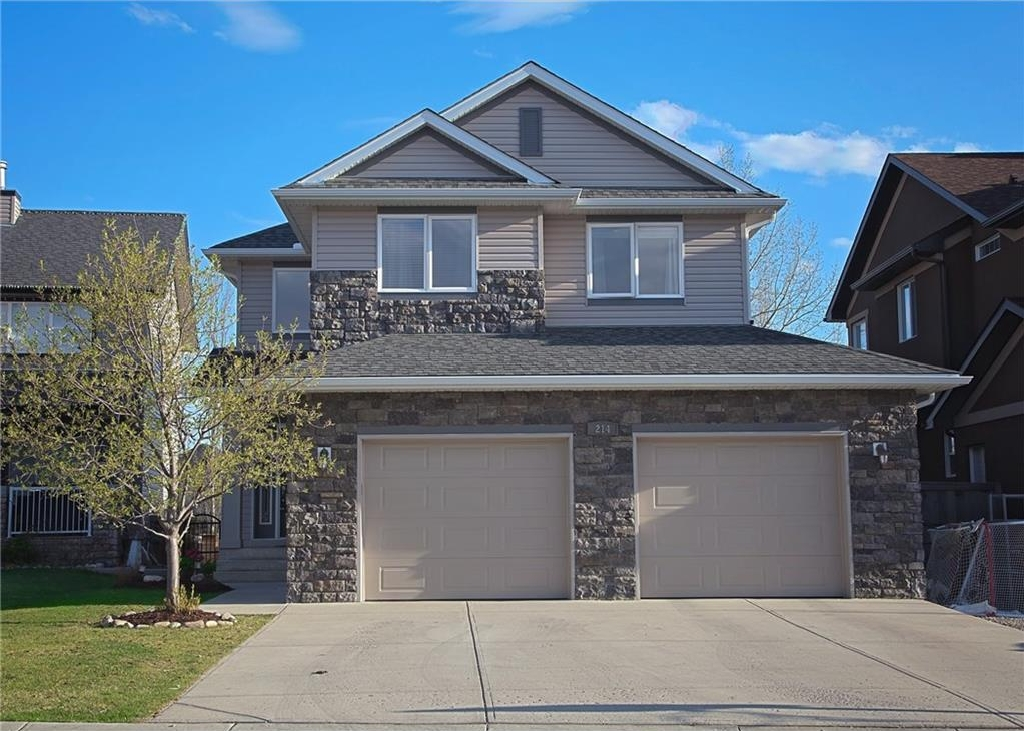 Main Photo: 214 CRYSTAL GREEN Place: Okotoks House for sale : MLS®# C4115773