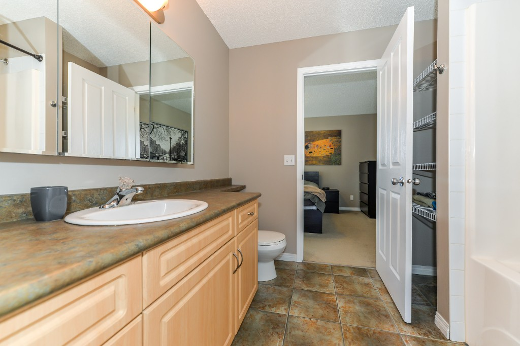 Photo 32: 26 171 Brintnell Boulevard Edmonton 2 Bed Townhouse For Sale E4064543