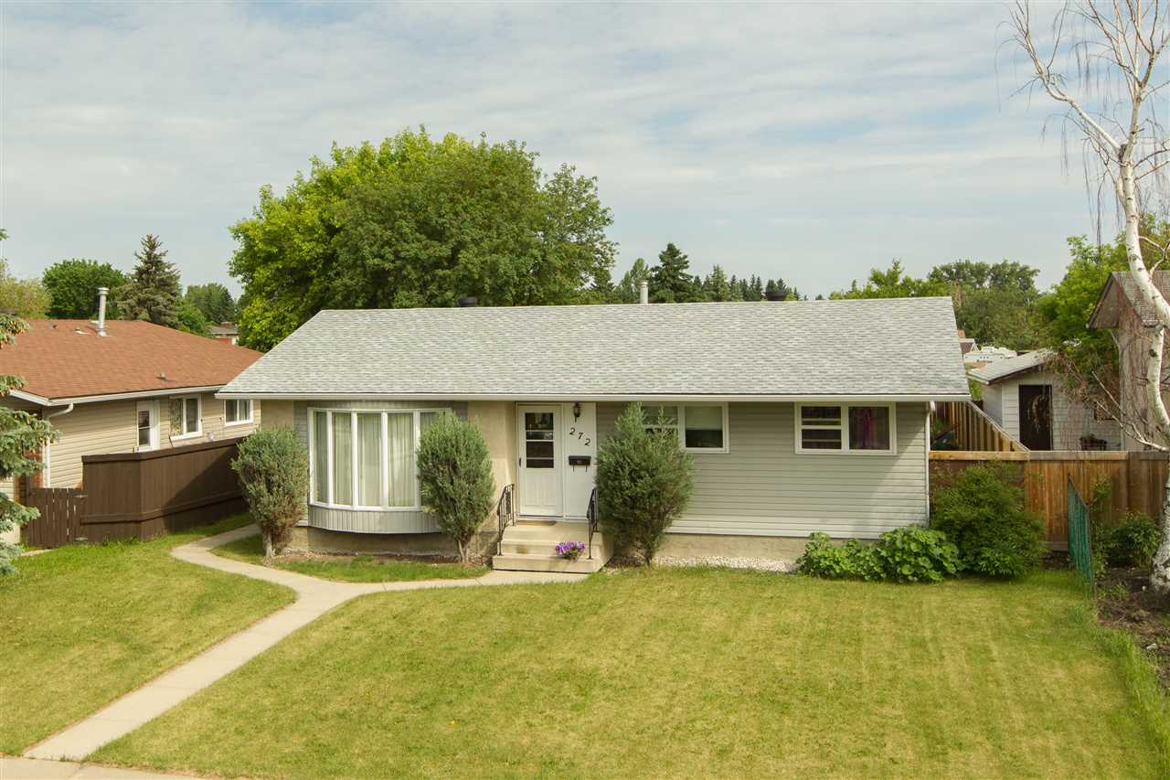 Main Photo: 272 KNOTTWOOD Road N in Edmonton: Zone 29 House for sale : MLS(r) # E4069187