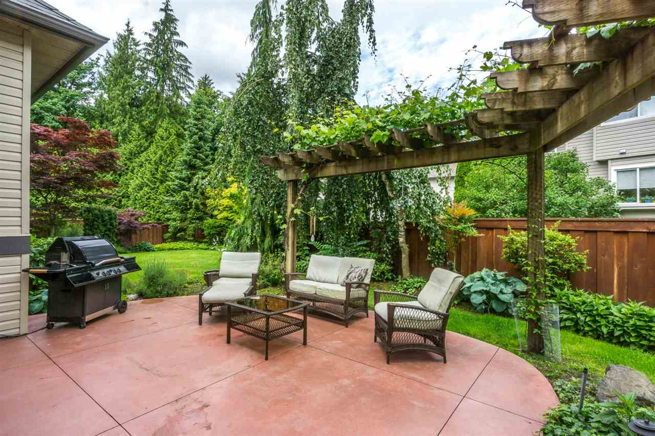 "Photo 18: 21013 85A Avenue in Langley: Walnut Grove House for sale in ""Manor Park"" : MLS® # R2179861"