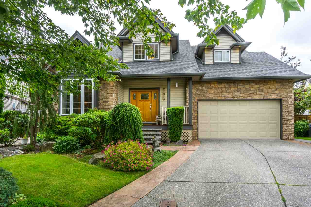 "Main Photo: 21013 85A Avenue in Langley: Walnut Grove House for sale in ""Manor Park"" : MLS® # R2179861"