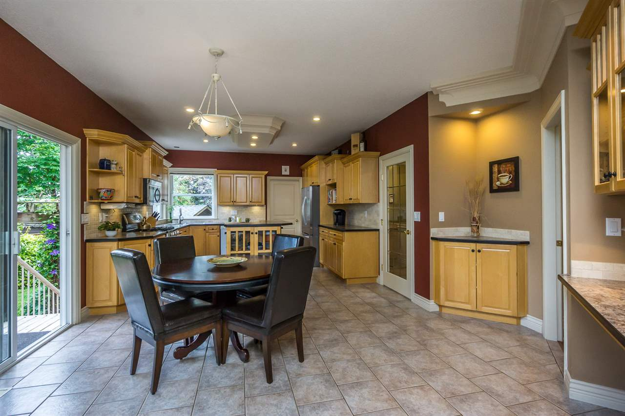 "Photo 8: 21013 85A Avenue in Langley: Walnut Grove House for sale in ""Manor Park"" : MLS® # R2179861"