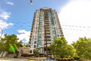 "Main Photo: 1903 121 TENTH Street in New Westminster: Uptown NW Condo for sale in ""VISTA ROYALE"" : MLS(r) # R2180952"