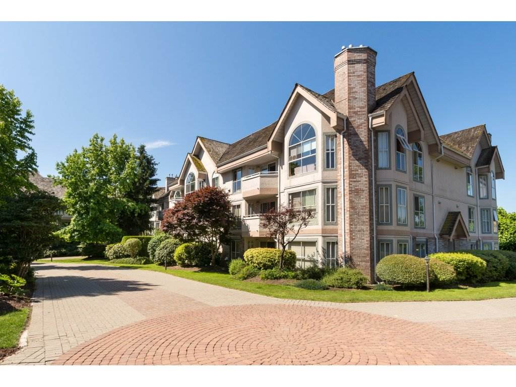 "Main Photo: 209 7161 121ST Street in Surrey: West Newton Condo for sale in ""The Highlands"" : MLS(r) # R2186964"