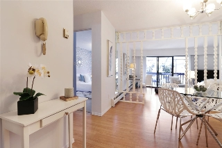 Main Photo: 406 120 E 4TH Street in North Vancouver: Lower Lonsdale Condo for sale : MLS(r) # R2190577