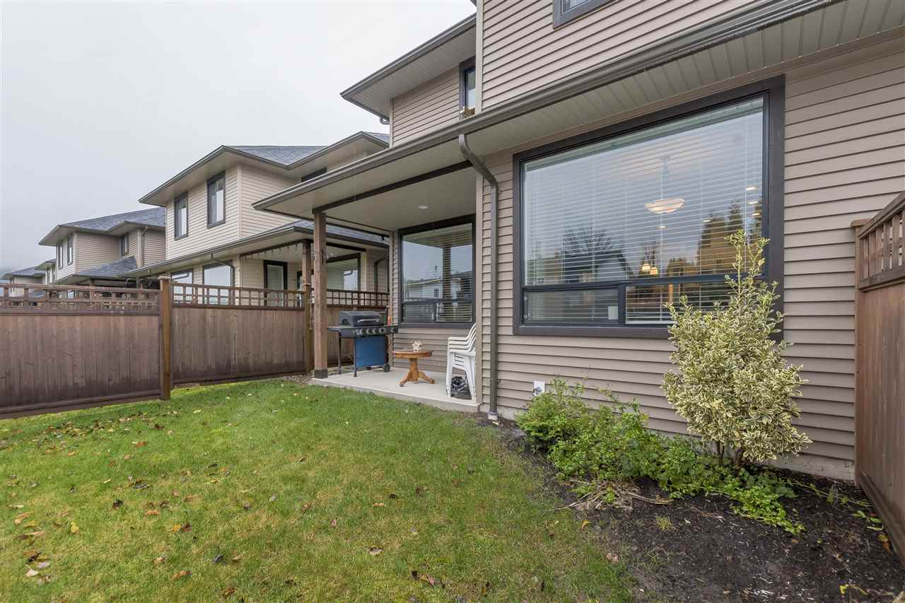 "Photo 1: Photos: 2 7411 MORROW Road: Agassiz Townhouse for sale in ""SAWYERS LANDING"" : MLS® # R2225472"
