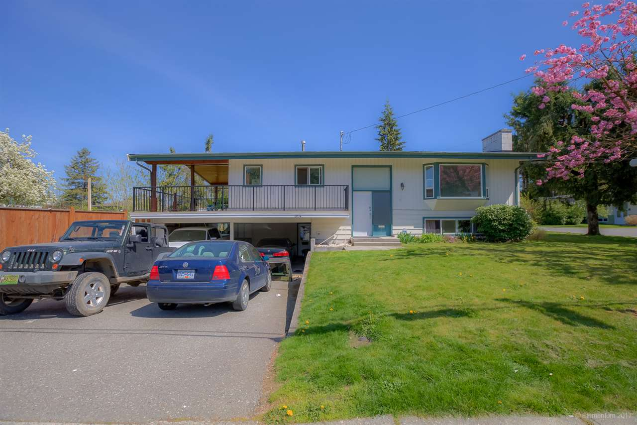 Main Photo: 1974 HORIZON Street in Abbotsford: Central Abbotsford House for sale : MLS®# R2260363