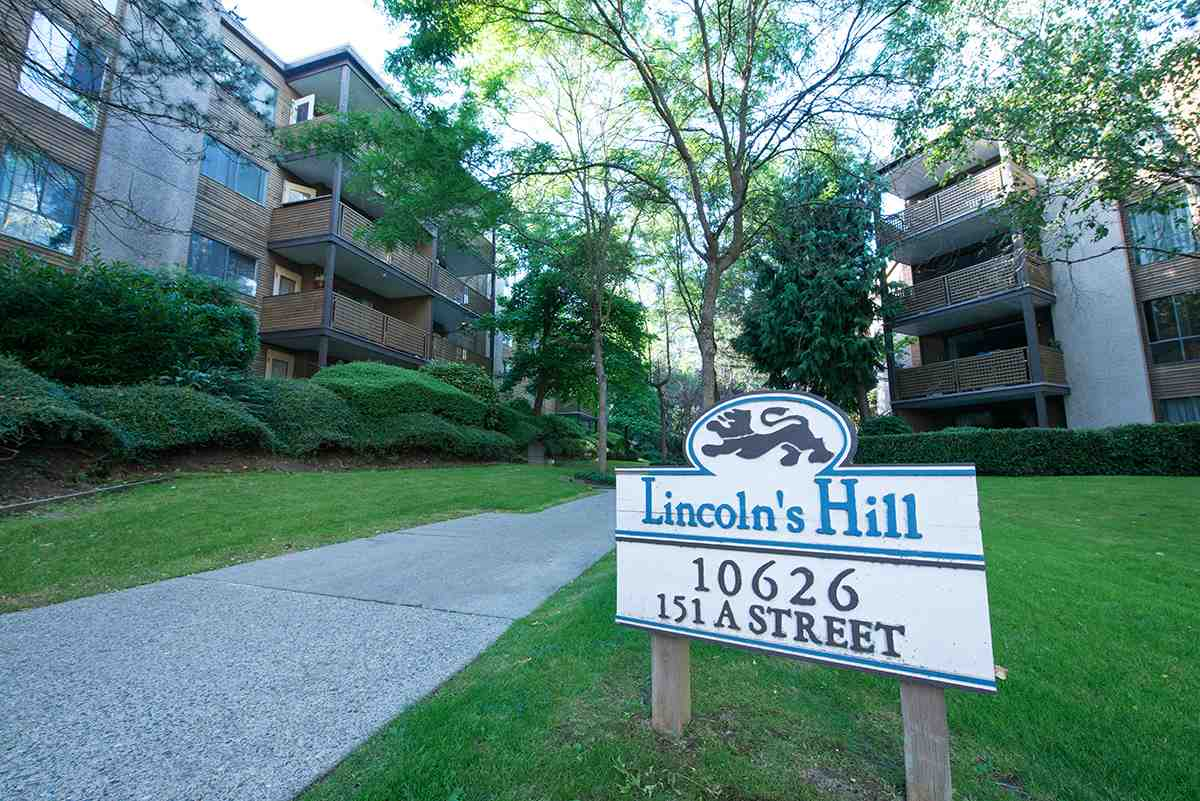 "Main Photo: 104 10626 151A Street in Surrey: Guildford Condo for sale in ""LINCOLN HILL"" (North Surrey)  : MLS®# R2286642"