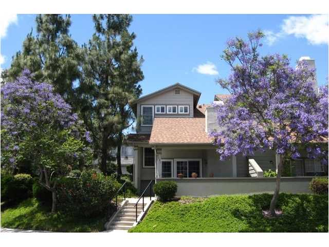 Main Photo: CLAIREMONT Townhome for sale : 3 bedrooms : 3095 Fox  Run in San Diego