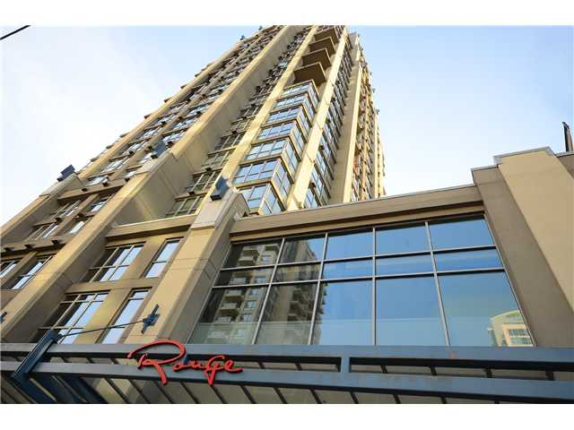"Photo 1: 2204 1238 RICHARDS Street in Vancouver: Yaletown Condo for sale in ""METROPOLIS"" (Vancouver West)  : MLS(r) # V1037264"