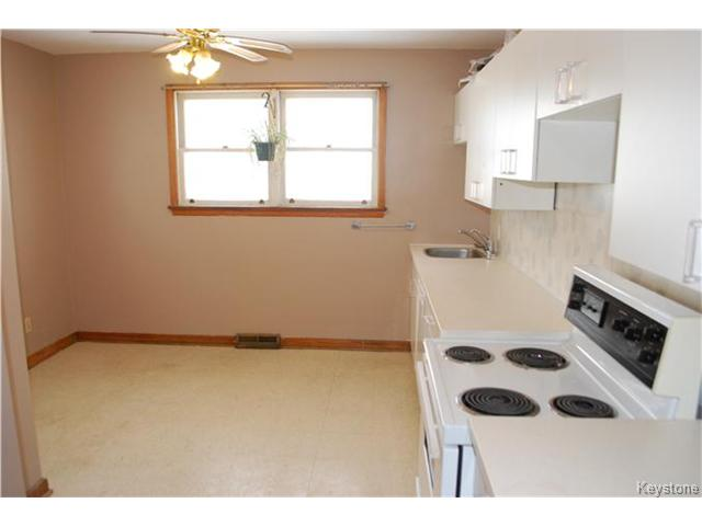 Photo 6: 1175 Polson Avenue in WINNIPEG: North End Residential for sale (North West Winnipeg)  : MLS(r) # 1400336