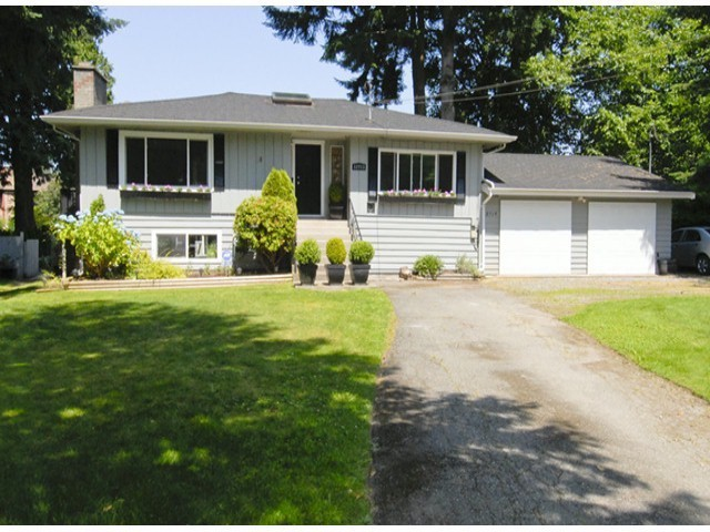 "Main Photo: 12713 24TH AV in Surrey: Crescent Bch Ocean Pk. House for sale in ""OCEAN PARK"" (South Surrey White Rock)  : MLS® # F1402371"