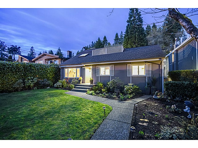 Main Photo: 1546 HOPE Road in North Vancouver: Pemberton NV House for sale : MLS®# V1056418