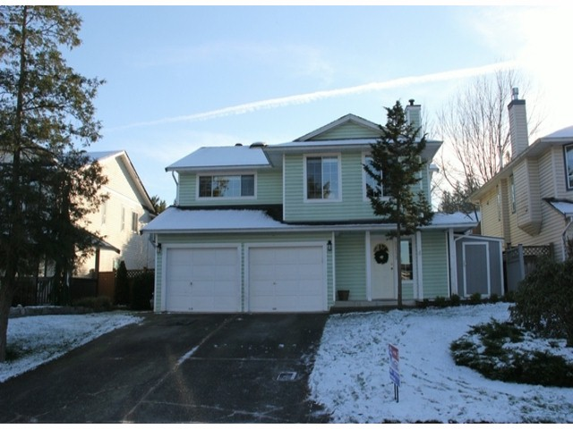 "Main Photo: 21572 93B Avenue in Langley: Walnut Grove House for sale in ""Walnut Grove"" : MLS® # F1427995"