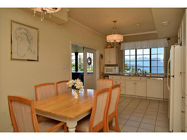Photo 14: Photos: 1236 ST ANDREWS Road in Gibsons: Gibsons & Area House for sale (Sunshine Coast)  : MLS®# V1103323