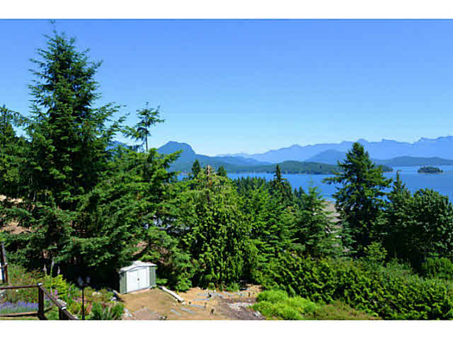Photo 5: Photos: 1236 ST ANDREWS Road in Gibsons: Gibsons & Area House for sale (Sunshine Coast)  : MLS®# V1103323
