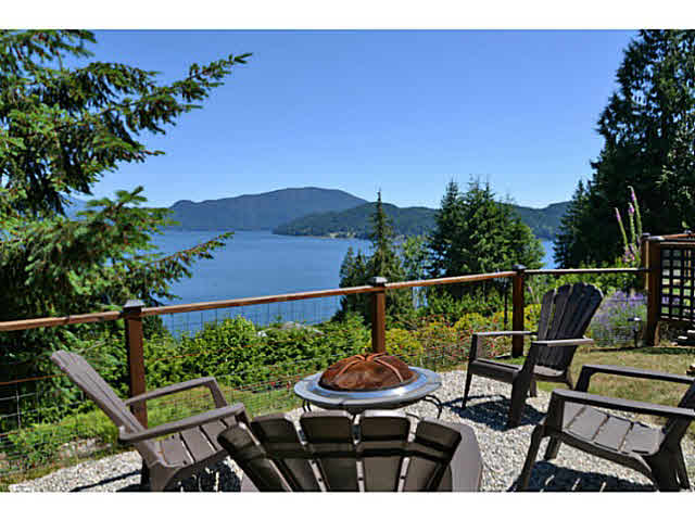 Photo 1: Photos: 1236 ST ANDREWS Road in Gibsons: Gibsons & Area House for sale (Sunshine Coast)  : MLS®# V1103323
