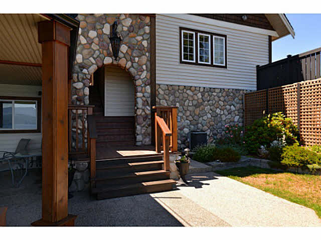 Photo 17: Photos: 1236 ST ANDREWS Road in Gibsons: Gibsons & Area House for sale (Sunshine Coast)  : MLS®# V1103323