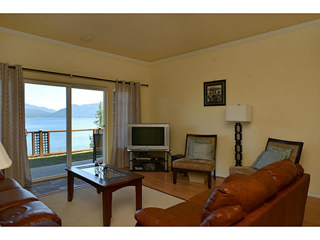 Photo 15: Photos: 1236 ST ANDREWS Road in Gibsons: Gibsons & Area House for sale (Sunshine Coast)  : MLS®# V1103323