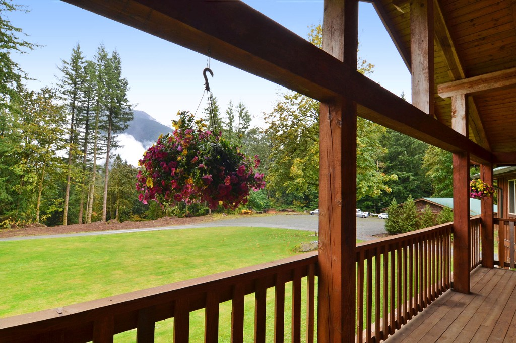 Photo 17: 1191 MAPLE ROCK Drive in Chilliwack: Lindell Beach House for sale (Cultus Lake)  : MLS(r) # R2004366