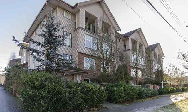 "Main Photo: 5638 WESSEX Street in Vancouver: Killarney VE Townhouse for sale in ""KILLARNEY VILLA"" (Vancouver East)  : MLS® # R2088963"
